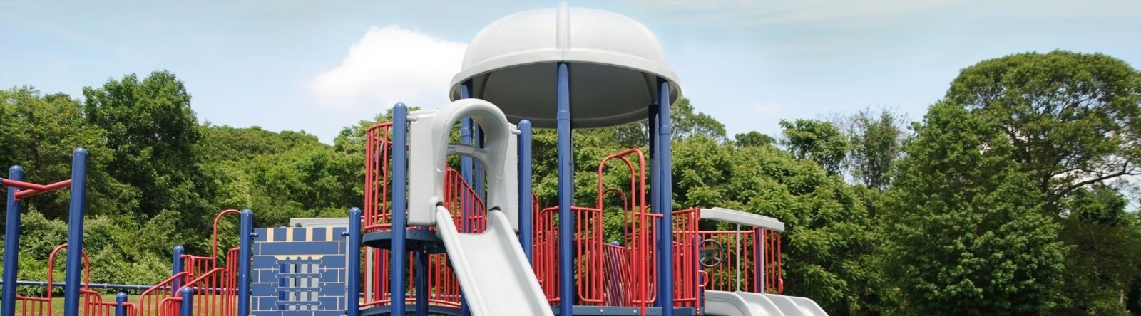 Loose-Fill versus Wet-Pour Rubber Surfacing: Which One's Better for Outdoor Playgrounds?
